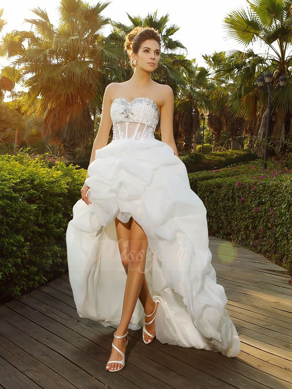 A-Line/Princess Sweetheart Organza Asymmetrical Beading Sleeveless Wedding Dresses