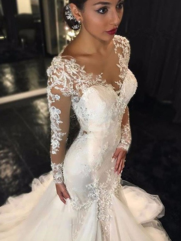 Trumpet/Mermaid V-neck Tulle Court Train Long Sleeves Wedding Dresses