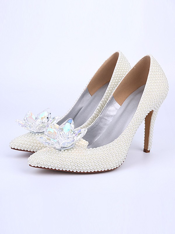 Women's Stiletto Heel With Pearl Crystal Flower Closed Toe White Wedding Shoes