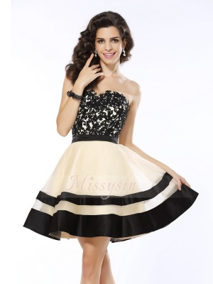 A-Line/Princess Sweetheart Organza Short/Mini Applique Sleeveless Dress