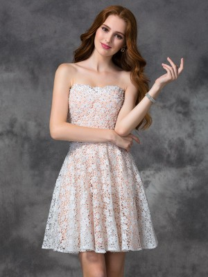 A-line/Princess Lace Sweetheart Sleeveless Short/Mini Cocktail Dresses