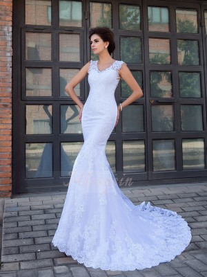 Trumpet/Mermaid Satin V-neck Sleeveless Applique Chapel Train Wedding Dresses