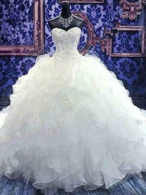 Ball Gown Sweetheart Chapel Train Sleeveless Beading Organza Wedding Dresses