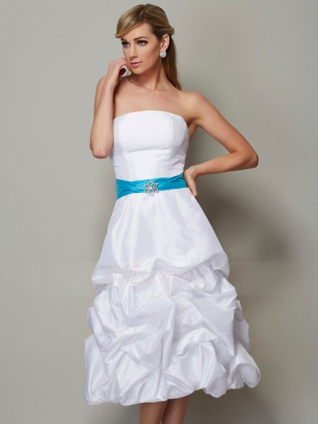 A-Line/Princess Strapless Sleeveless Taffeta Tea-Length Dress
