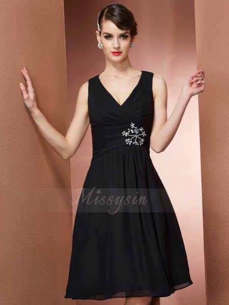 A-Line/Princess Straps Sleeveless Chiffon Knee-Length Bridesmaid Dress