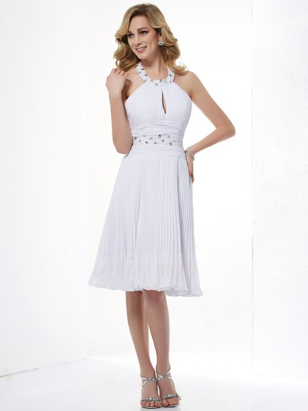 A-Line/Princess Sleeveless Halter Chiffon Knee-Length Beading Dress