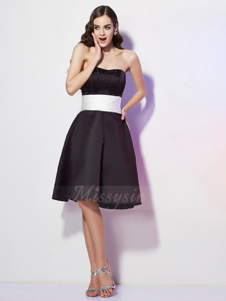 Sheath/Column Strapless Sleeveless Satin Knee-Length Sash/Ribbon/Belt Bridesmaid Dress