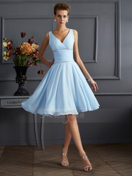 A-Line/Princess V-neck Sleeveless Chiffon Knee-Length Pleats Bridesmaid Dress