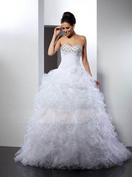 Ball Gown Sweetheart Organza Cathedral Train Beading Sleeveless Wedding Dress