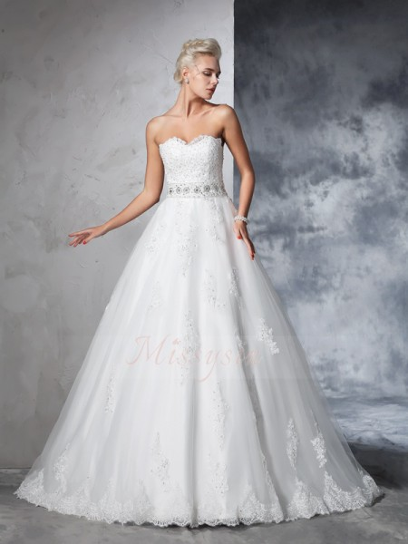 Ball Gown Net Sweetheart Sleeveless Applique Chapel Train Wedding Dresses