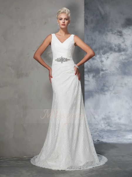 Trumpet/Mermaid Lace V-neck Sleeveless Court Train Wedding Dresses