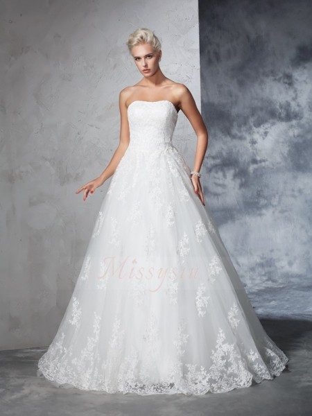 Ball Gown Lace Strapless Sleeveless Court Train Wedding Dresses