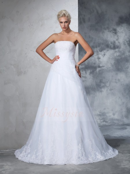 Ball Gown Net Strapless Sleeveless Applique Court Train Wedding Dresses