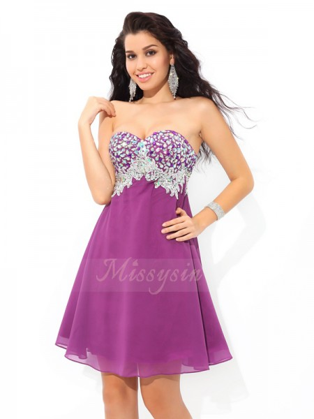 A-Line/Princess Chiffon Sweetheart Sleeveless Rhinestone Short/Mini Cocktail Dresses