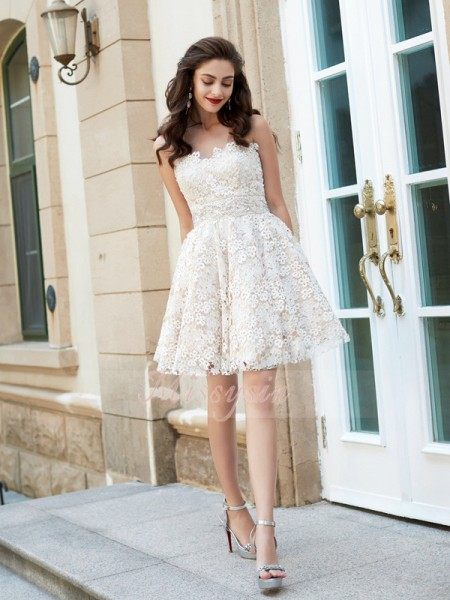 A-Line/Princess Sleeveless Short/Mini Rhinestone Sweetheart Lace Dresses