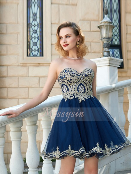 A-Line/Princess Sleeveless Short/Mini Applique Sweetheart Net Dresses