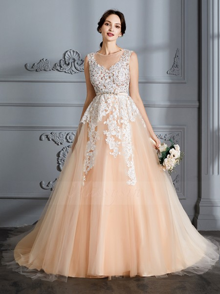 Ball Gown Sleeveless Court Train Scoop Champagne Tulle Wedding Dresses