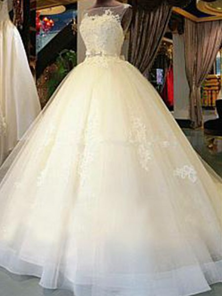 Ball Gown Scoop Cathedral Train Sleeveless Applique Tulle Wedding Dresses