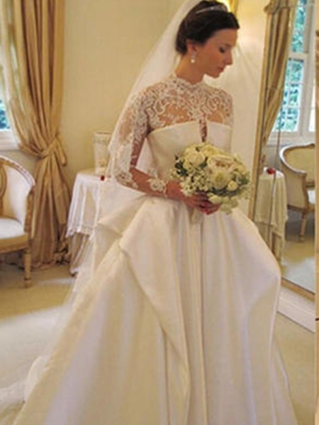 Trumpet/Mermaid Square Chapel Train Long Sleeves Applique Organza Wedding Dresses