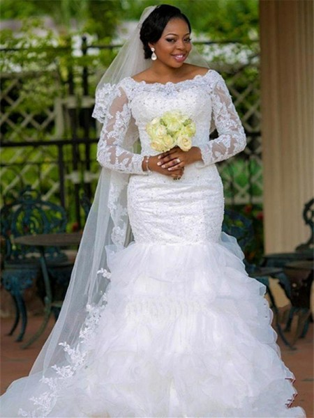 Ball Gown Scoop Chapel Train Long Sleeves Applique Tulle Wedding Dresses