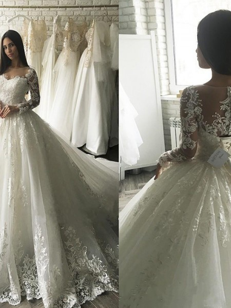 Ball Gown Scoop Court Train Long Sleeves Applique Tulle Wedding Dresses