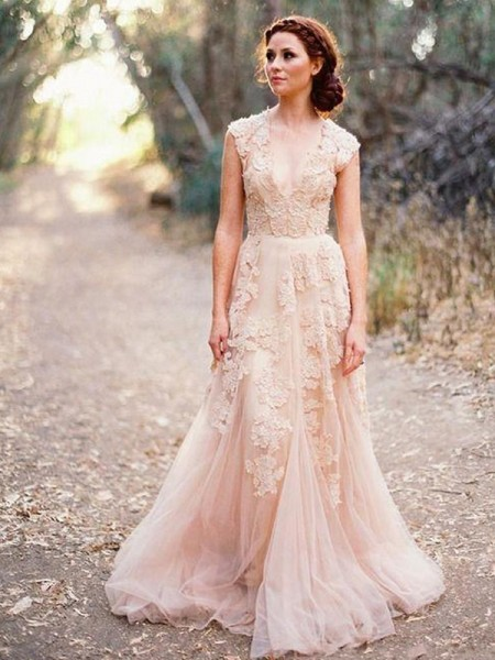 A-Line/Princess V-neck Sweep/Brush Train Sleeveless Applique Tulle Wedding Dresses