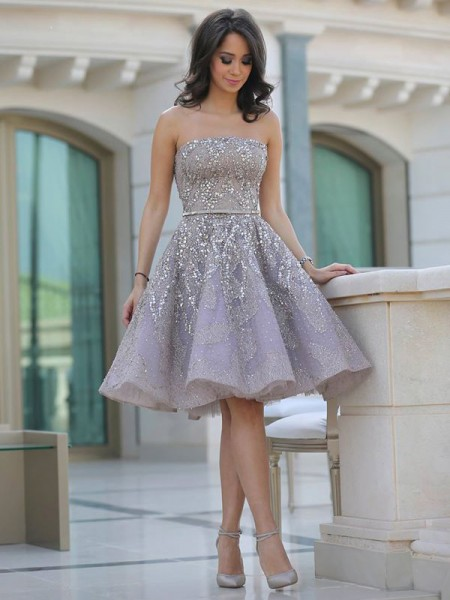 A-line/Princess Strapless Sleeveless Knee-Length Sequin Tulle Dresses