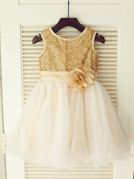 A-Line/Princess Sleeveless Scoop Organza Sequin Knee-Length Flower Girl Dresses