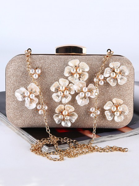 Pretty 3D Flowers Wedding/Party Handbags With Pearl