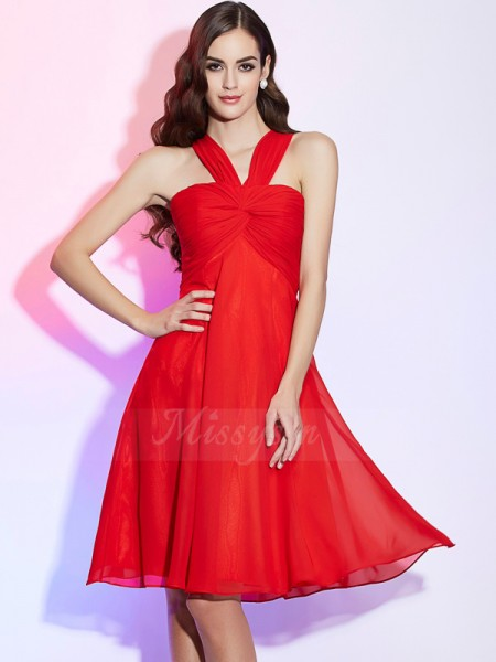 A-Line/Princess Halter Sleeveless Chiffon Knee-Length Pleats Bridesmaid Dress
