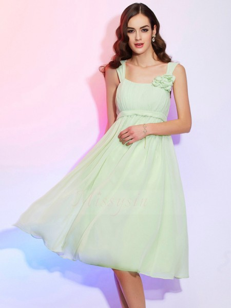 A-Line/Princess Straps Sleeveless Chiffon Knee-Length Pleats Dress