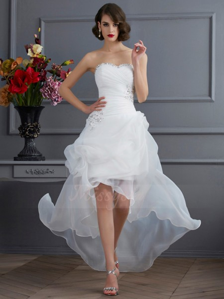 A-Line/Princess Sweetheart Sleeveless Organza Asymmetrical Beading,Applique Wedding Dress