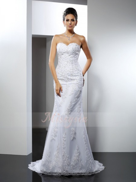 Trumpet/Mermaid Sweetheart Satin Court Train Lace Sleeveless Wedding Dress