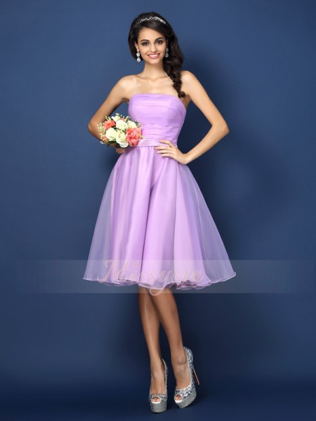A-Line/Princess Strapless Satin Knee-Length Pleats Sleeveless Bridesmaid Dress