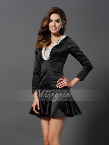 A-Line/Princess V-neck Satin Short/Mini Beading 3/4 Sleeves Dress