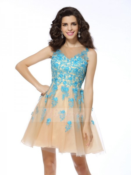 A-Line/Princess Bateau Tulle Short/Mini Applique Sleeveless Dress