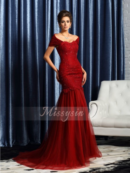 Trumpet/Mermaid Off-the-Shoulder Satin Sweep/Brush Train Beading Short Sleeves Mother Of The Bride Dresses