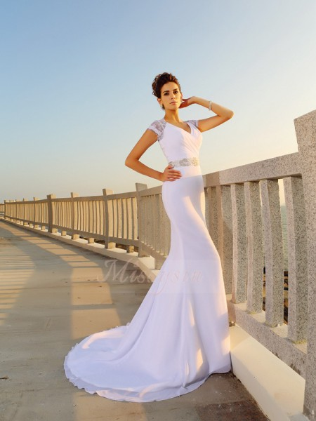 Sheath/Column V-neck Chiffon Court Train Beading Sleeveless Wedding Dresses