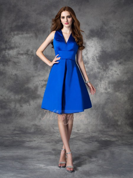 A-line/Princess Satin V-neck Sleeveless Ruched Short/Mini Bridesmaid Dresses