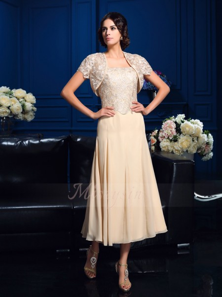 A-Line/Princess Chiffon Square Sleeveless Applique Knee-Length Mother of the Bride Dresses