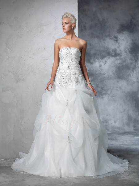 Ball Gown Tulle Strapless Sleeveless Beading Chapel Train Wedding Dresses