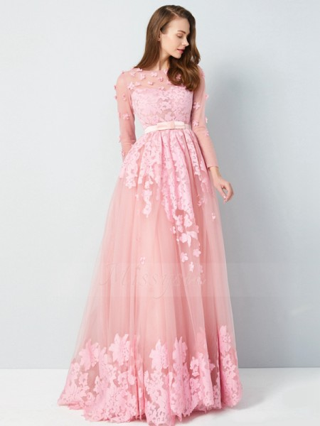 A-Line/Princess 3/4 Sleeves Scoop Tulle Floor-Length Applique Dresses