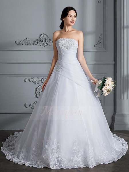 Ball Gown Court Train Strapless White Organza Sleeveless Wedding Dresses