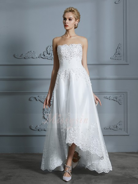 A-Line/Princess Sleeveless Asymmetrical Sweetheart Ivory Tulle Wedding Dresses