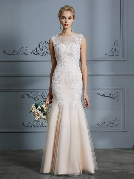 Trumpet/Mermaid Scoop Sleeveless Champagne Floor-Length Tulle Wedding Dresses