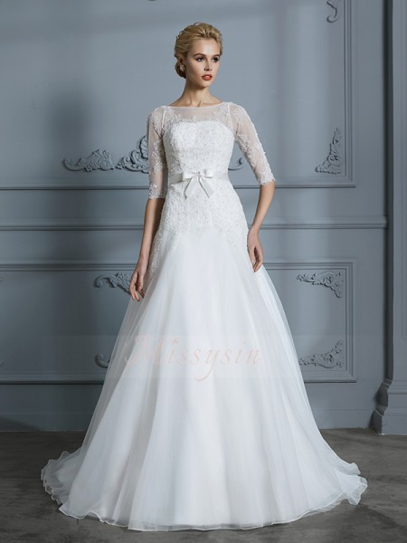 A-Line/Princess Scoop 1/2 Sleeves Ivory Tulle Court Train Wedding Dresses