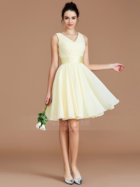 A-Line/Princess Sleeveless Sash/Ribbon/Belt Short/Mini Chiffon V-neck Bridesmaid Dresses
