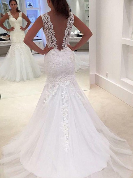 Trumpet/Mermaid V-neck Court Train Sleeveless Applique Lace Wedding Dresses