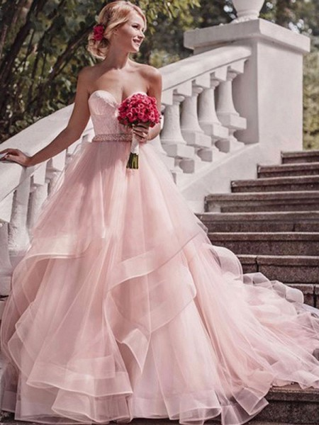 Ball Gown Sweetheart Court Train Sleeveless Layers Organza Wedding Dresses
