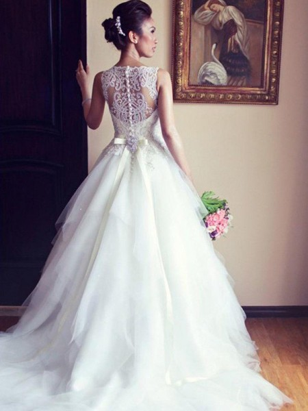 A-Line/Princess Scoop Chapel Train Sleeveless Beading Tulle Wedding Dresses